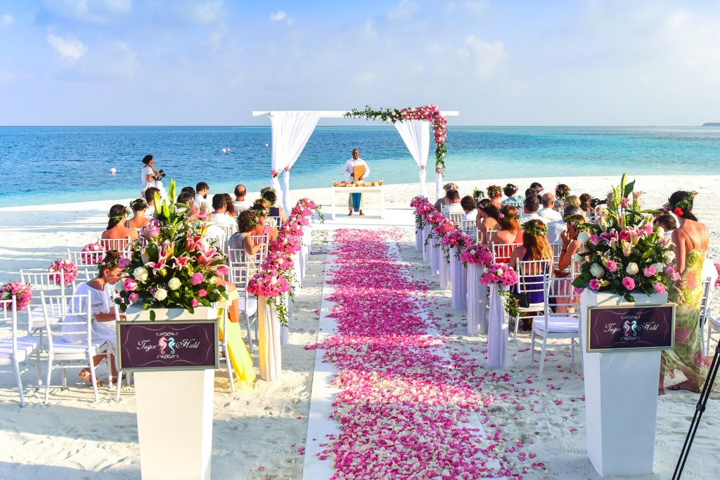 Beach Wedding Featured Image - wedding videographer manila